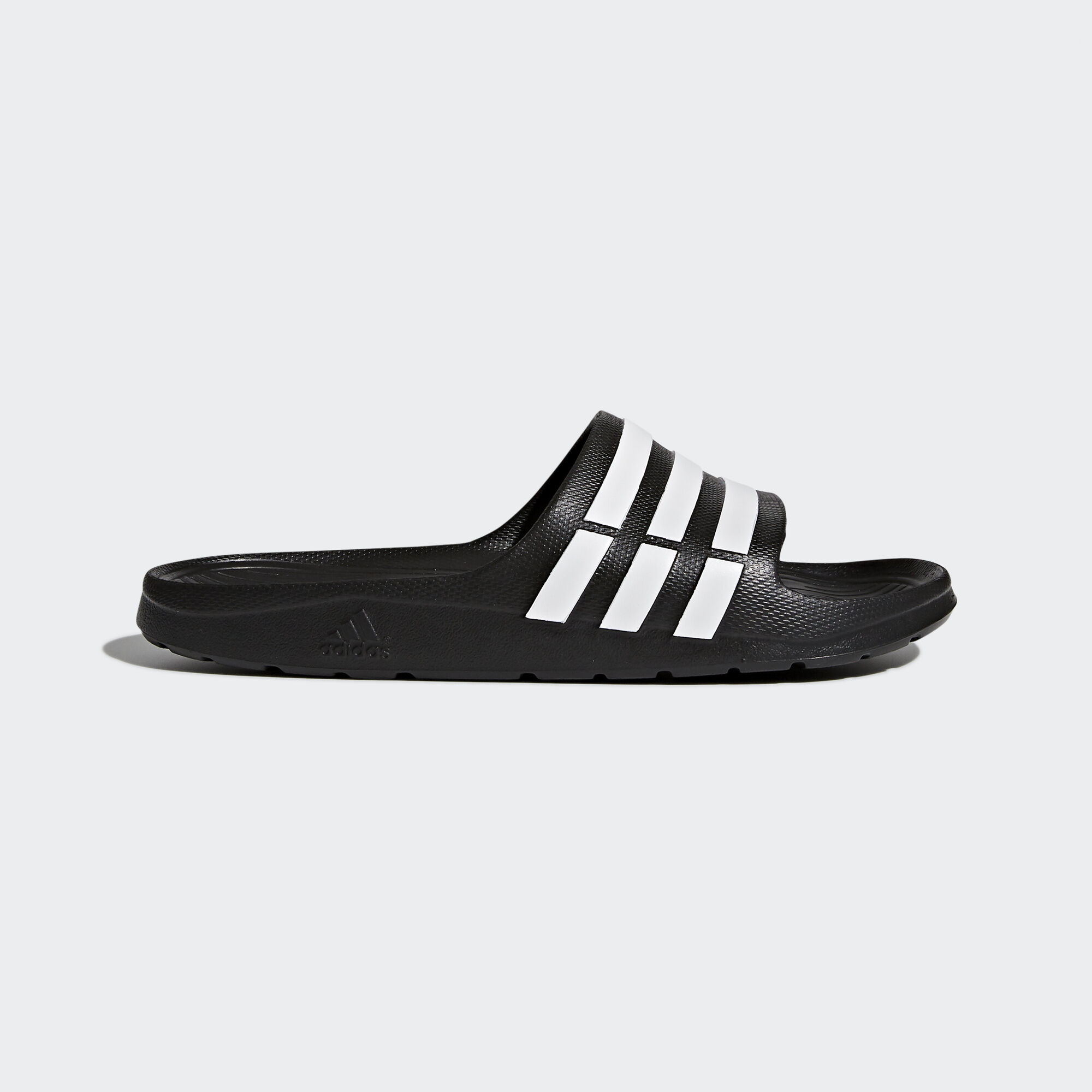 adidas - Duramo Slide Core Black/White G15890. Swimming