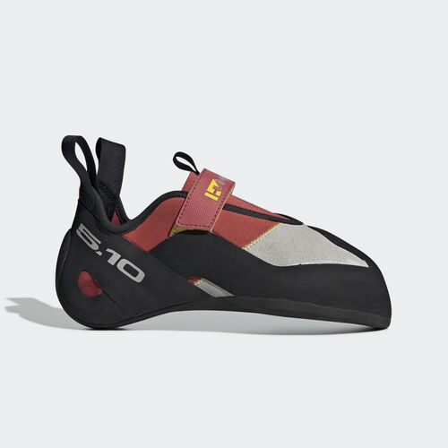 adidas - Five Ten Climbing Hiangle Shoes Half Red / Clear Grey / Core Black BC0922