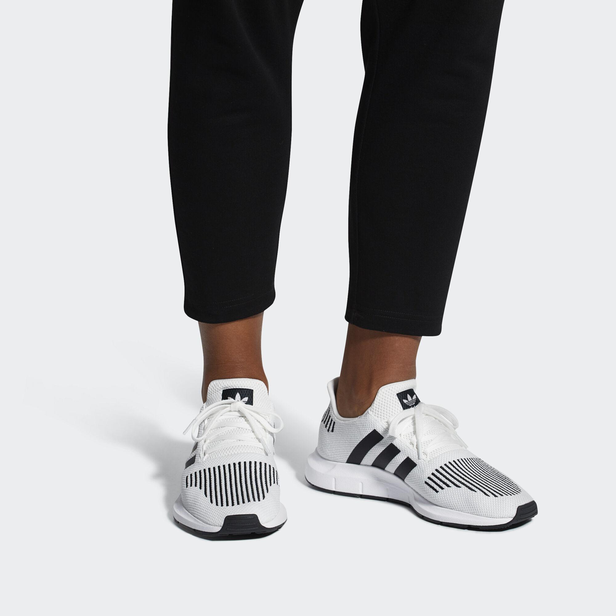 32718c4acf6464 adidas Swift Run Shoes - Grey