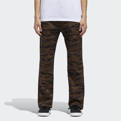 adidas - Camouflage Chino Pants Camo Print DH6656